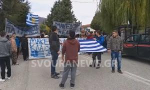 Η μαθητική πορεία στην Καστοριά για τη Μακεδονία – video