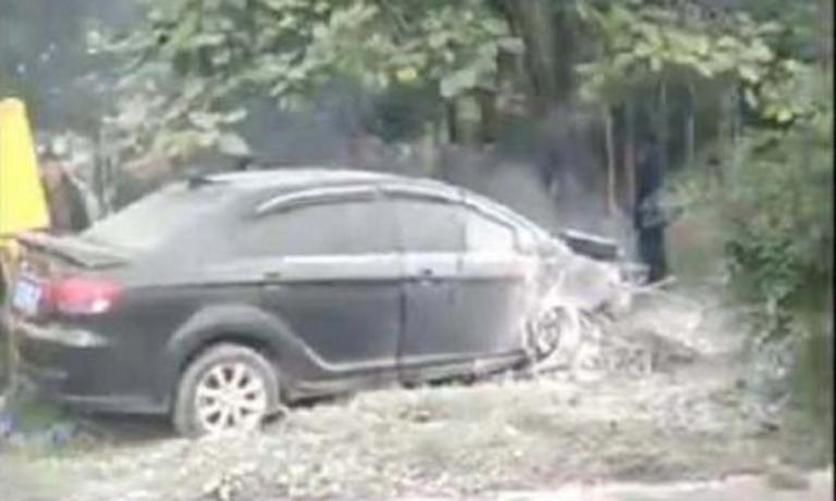Φρίκη στην Κίνα – Αυτοκίνητο σκότωσε 9 άτομα σε στάση λεωφορείου