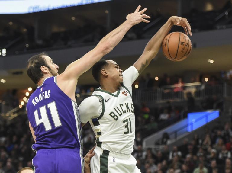 NBA: Θετικός ο Κουφός! Νίκη για Κινγκς – video | Newsit.gr