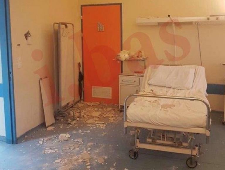 Ντροπή! Κατέρρευσε το ταβάνι στο Νοσοκομείο Νίκαιας – Τραυματίστηκε μητέρα νοσηλευόμενου [pics, video] | Newsit.gr