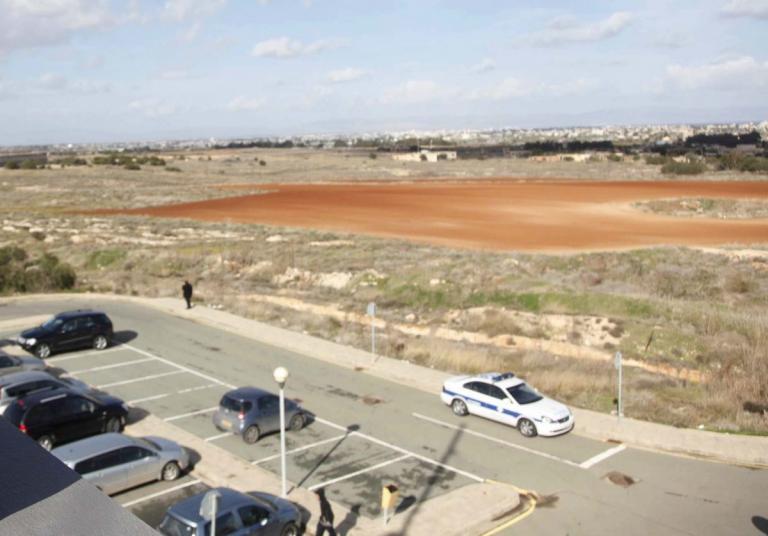 Κύπρος: Ανοίγουν δυο οδοφράγματα προς και από τα κατεχόμενα | Newsit.gr