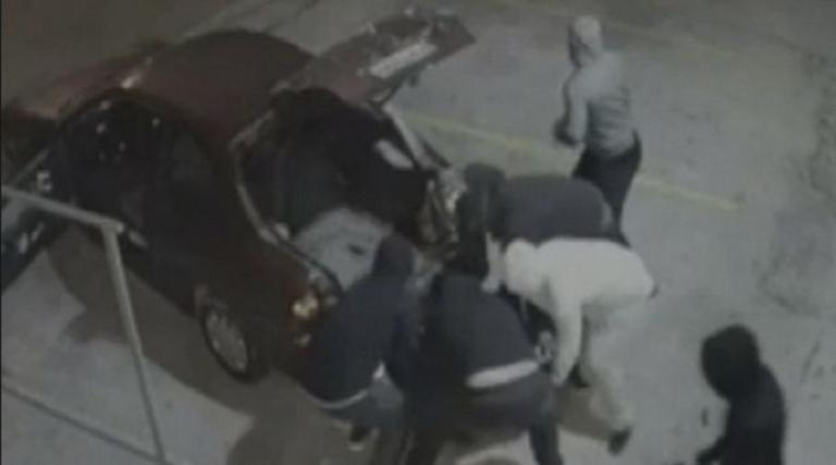 Φθιώτιδα: Βγήκαν παγανιά οι ληστές! Έκλεψαν από αυτοκίνητο μέχρι…τενεκέδες λάδι! | Newsit.gr