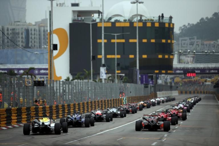 Φοβερό ατύχημα με ιπτάμενο μονοθέσιο F3 στο Grand Prix του Macau [vid]   Newsit.gr