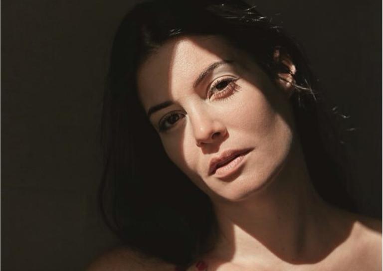 Το τόλμησε! Η Μαρία Κορινθίου έγινε ξανθιά και ιδού η απόδειξη! | Newsit.gr