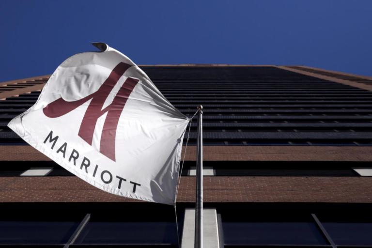 """Τεράστιο σκάνδαλο με τα ξενοδοχεία Marriott! Στοιχεία εκατομμυρίων πελατών τους """"στα χέρια"""" χάκερς   Newsit.gr"""