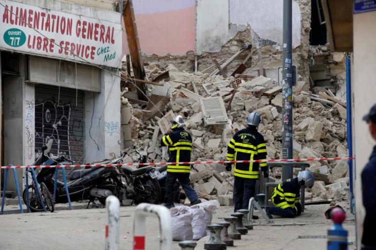 Μασσαλία: Βρήκαν έναν νεκρό στα ερείπια των κτιρίων που κατέρρευσαν | Newsit.gr