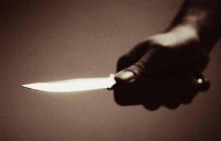 Λαμία: Τσακώθηκε με τον γιο του και τον τραυμάτισε με μαχαίρι! | Newsit.gr