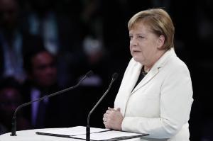 Μέρκελ: Εθνικισμός και λαϊκισμός απειλούν την Ευρώπη!
