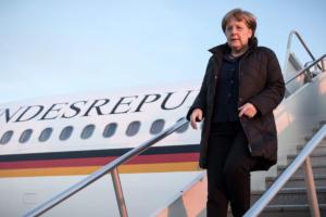 Μέρκελ: Καμία ένδειξη σαμποτάζ στο αεροπλάνο – Γιατί δεν συνέχισε μαζί της ο σύζυγός της