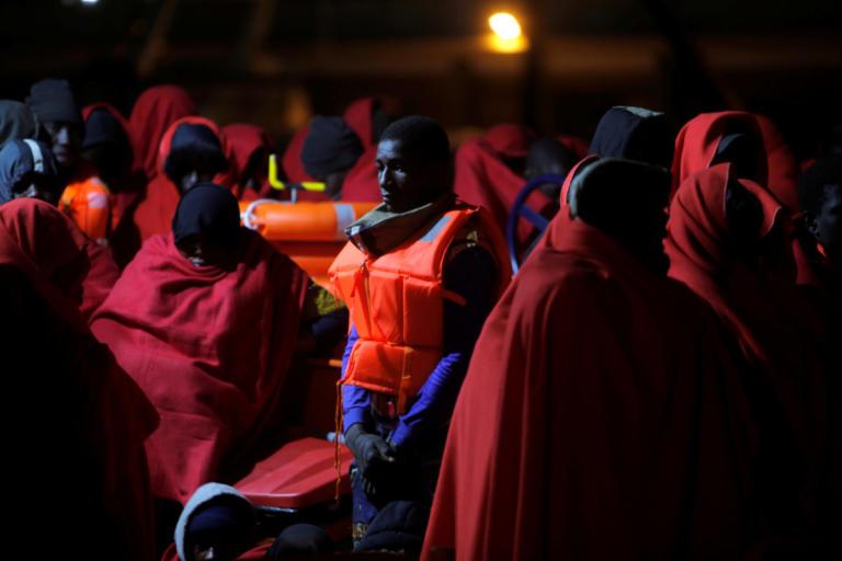 Θάνατος ξανά στη Μεσόγειο – Χάθηκαν τρεις ζωές, σώθηκαν 564 μετανάστες   Newsit.gr