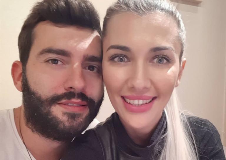 O Θοδωρής Μισόκαλος είναι full in love: Το τρυφερό φιλί στη σύντροφό του! | Newsit.gr