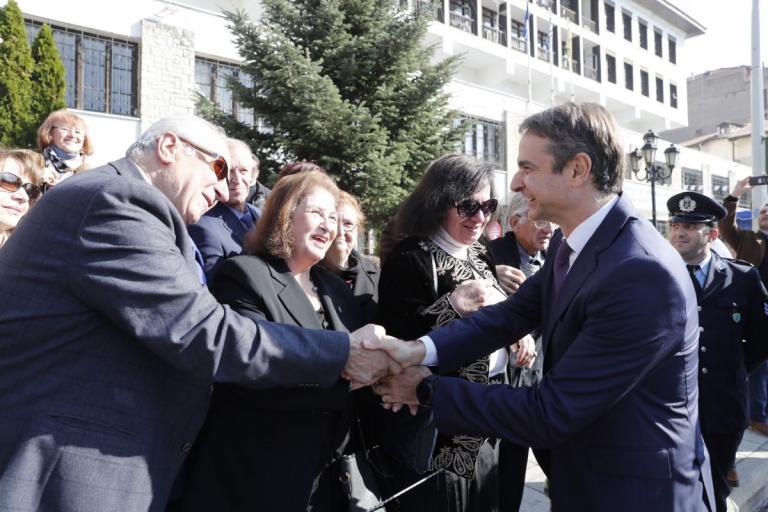 Καστοριά: Επίθεση Μητσοτάκη σε Τσίπρα – Καμμένο και ατάκες για προσλήψεις, εκλογές και τη συμφωνία των Πρεσπών [pics] | Newsit.gr