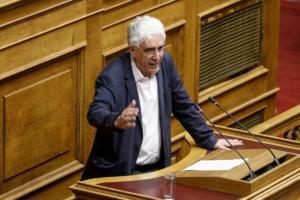 Παρασκευόπουλος: Οργισμένη διάψευση για τον δράστη της επίθεσης κατά αστυνομικών!