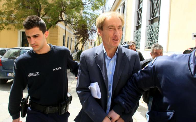 Θρίλερ με πρόσωπο – κλειδί για Siemens και εξοπλιστικά: Αναζητείται ο τραπεζίτης Όσβαλντ | Newsit.gr
