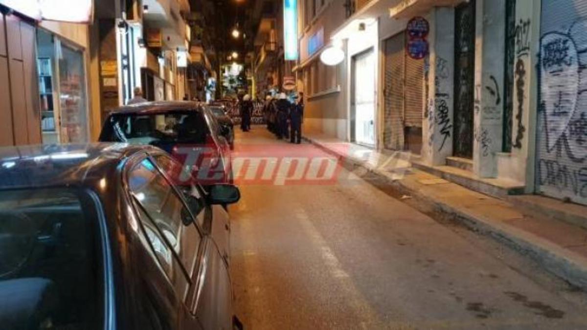 Πάτρα: Συγκέντρωση αντιεξουσιαστών έξω από το Γαλλικό Ινστιτούτο -video | Newsit.gr