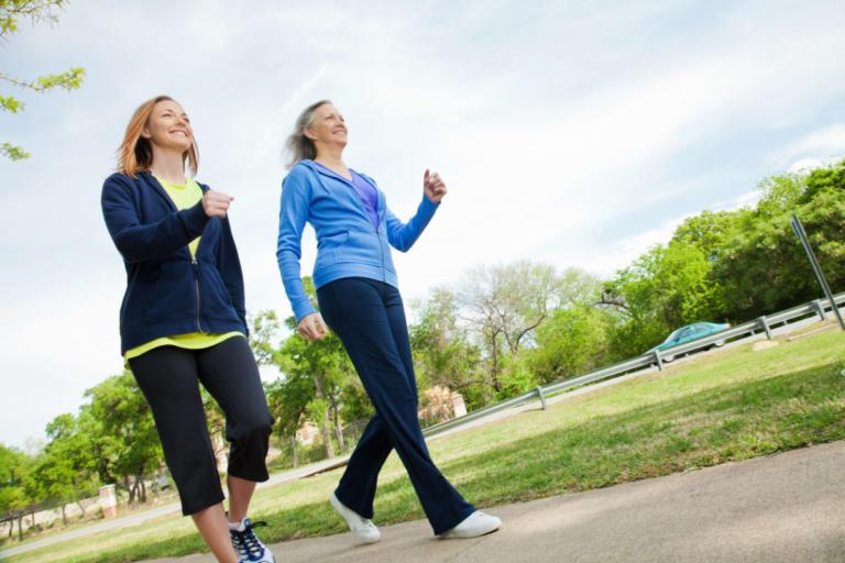 Πόσο ΑΠΛΟ περπάτημα χρειάζεται για να χάσετε 5 κιλά ως το Πάσχα!