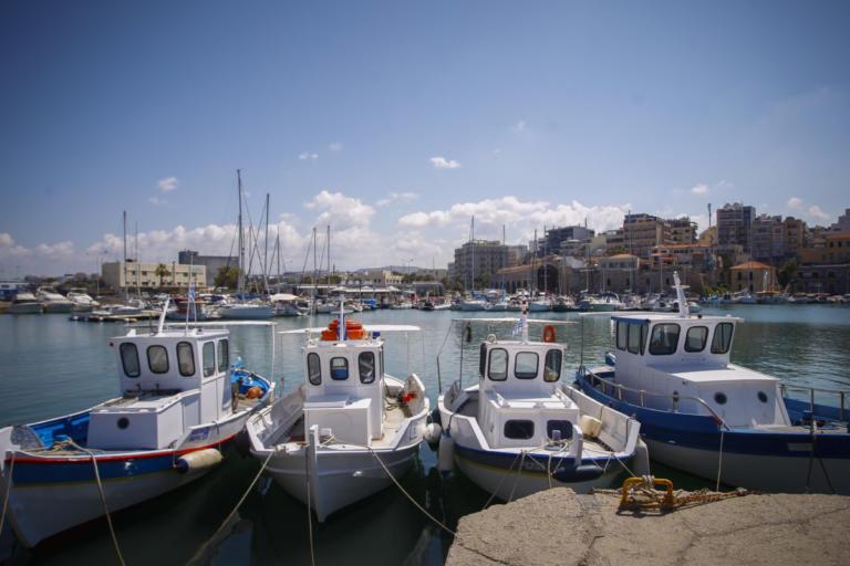 Κρήτη: 32.535 νόμιμοι αλλοδαποί τρίτων χωρών διαμένουν στο νησί | Newsit.gr