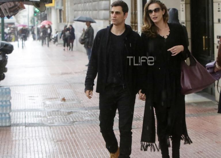 Σάκης Ρουβάς – Κάτια Ζυγούλη: Η Κυριακάτικη οικογενειακή βόλτα στο κέντρο της Αθήνας! | Newsit.gr