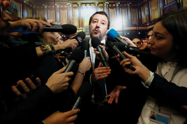 Σαλβίνι: Αν η ΕΕ μας επιβάλλει κυρώσεις, θα χάσει η Ευρώπη κι όχι εμείς | Newsit.gr