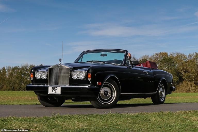 Στο σφυρί η μοναδική Rolls-Royce Corniche Convertible του Frank Sinatra   Newsit.gr