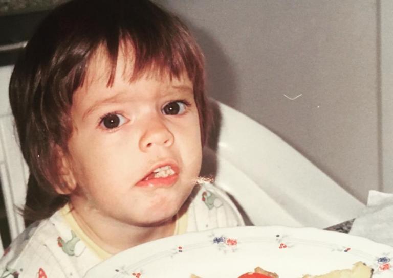 Αναγνωρίζεις το κοριτσάκι της φωτογραφίας; Σήμερα είναι ηθοποιός και πρώην παίκτρια του Nomads! | Newsit.gr