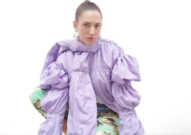 My Style Rocks: Ποια είναι η Φωτεινή Τράκα που ξεχωρίζει με τις ιδιαίτερες εμφανίσεις της; | Newsit.gr