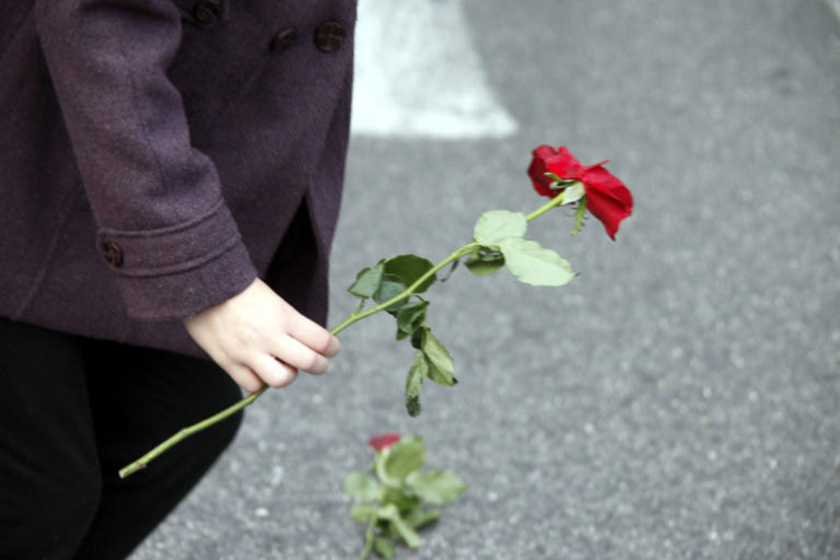 Κηδεύτηκε ο Λάζαρος Αρσενίου | Newsit.gr