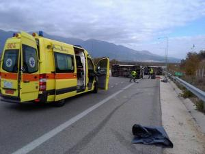 Καβάλα: Οι εικόνες του σοβαρού τροχαίου με 7 τραυματίες – Το ένα όχημα ρυμουλκούσε το άλλο [pics]