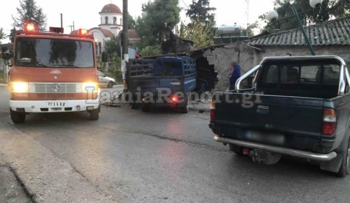 Φθιώτιδα: Απίστευτο τροχαίο με νεκρό στις Ράχες: «Μάλλον έπαθε ανακοπή ενώ οδηγούσε…» [pics] | Newsit.gr
