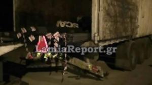 Καρφώθηκαν σε φορτηγό αλλά γλίτωσαν! Απίστευτη τύχη σε φοβερό τροχαίο στην Αρκίτσα [pics]
