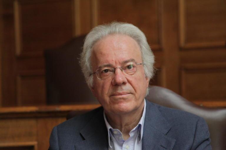 Παραιτήθηκε με αιχμές ο πρόεδρος του ΕΦΕΤ Ιωάννης Τσιάλτας | Newsit.gr