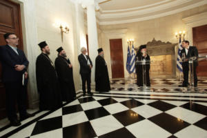 Συμφωνία Τσίπρα – Ιερώνυμου: Πως θα πληρώνονται και πως θα συνταξιοδοτούνται οι ιερείς