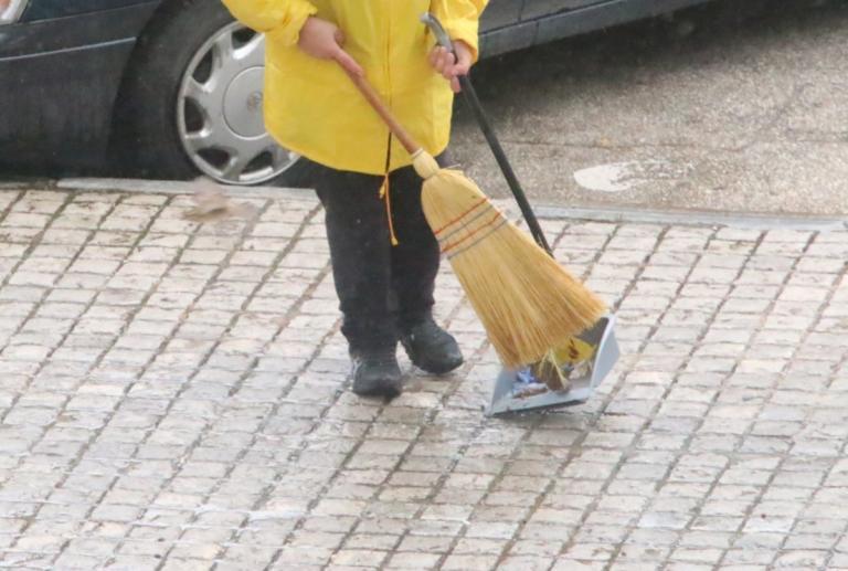 Στον Άρειο Πάγο αίτηση από το δικηγόρο της καθαρίστριας που φυλακίστηκε για πλαστό απολυτήριο | Newsit.gr