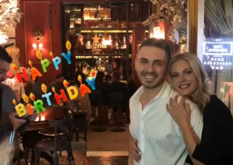 Γενέθλια για τον Μιχάλη Χατζηγιάννη: Η τούρτα-υπερπαραγωγή και το τρυφερό φιλί με τη Ζέτα Μακρυπούλια! | Newsit.gr