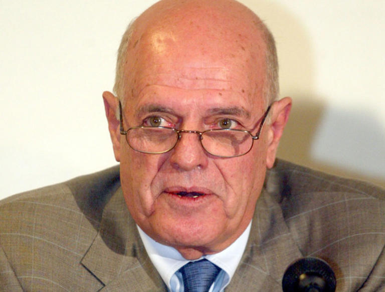Πέθανε ο δημοσιογράφος Στάμος Ζούλας | Newsit.gr