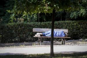 Ομολόγησε ο δολοφόνος του άστεγου στο Θησείο – Τον σκότωσε «για να λύσει τα μάγια»!