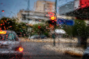 Βροχή και κίνηση: Κοκτέιλ ταλαιπωρίας στην Αθήνα
