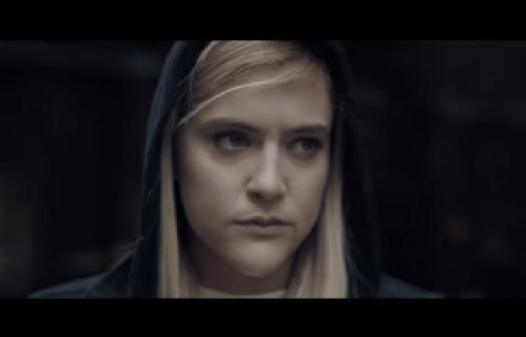 Η βολεϊμπολίστρια του… Survivor σε video clip του Κιάμου! video | Newsit.gr
