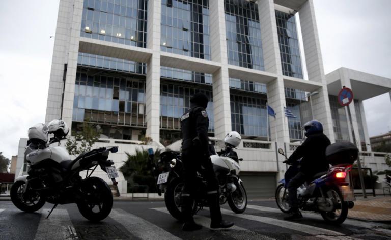 Απειλητικό τηλεφώνημα για βόμβα στο Εφετείο   Newsit.gr