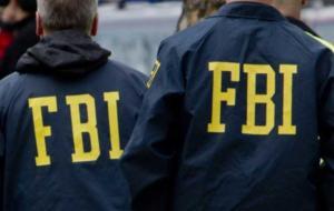 «Ουσιώδης μάρτυρας» θεωρείται η δημοσιογράφος που συνελήφθη από το FBI