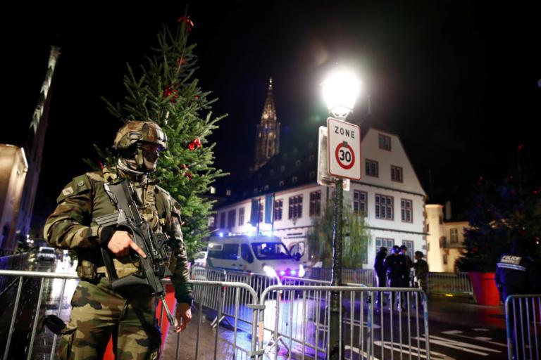 Ένοπλος έσπειρε τον τρόμο στο Στρασβούργο! Νεκροί και τραυματίες | Newsit.gr