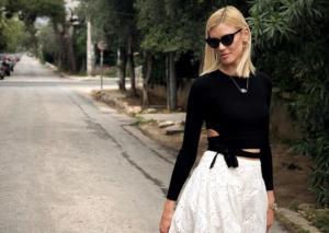 Βάσω Κολλιδά: Δύσκολες ώρες για το μοντέλo – Έφυγε από τη ζωή αγαπημένο της πρόσωπο [pics]