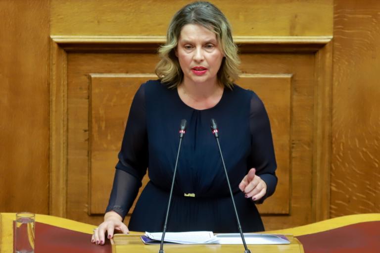 Βόμβα στο Κολωνάκι: Δήλωση με αιχμές της Κατερίνας Παπακώστα για την έκρηξη | Newsit.gr