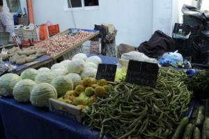 Θεσσαλονίκη: Πουλούσε λαθραία τσιγάρα στη λαϊκή