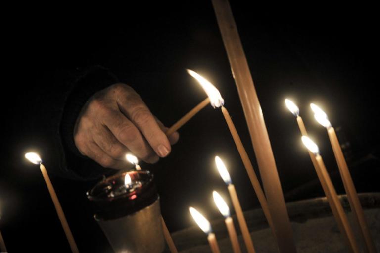 Αργολίδα: Μπήκαν νύχτα στην εκκλησία και «σήκωσαν» τα μανουάλια!   Newsit.gr