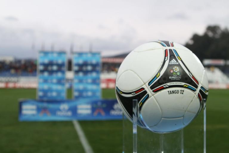 Superleague: Σέντρα ξανά στο πρωτάθλημα! Οριακή η απόφαση των διαιτητών | Newsit.gr