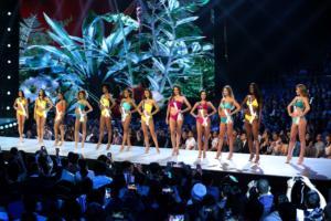 Miss Universe: Και οι 97 είναι υπέροχες αλλά το στέμμα θα το φορέσει μόνο μία!