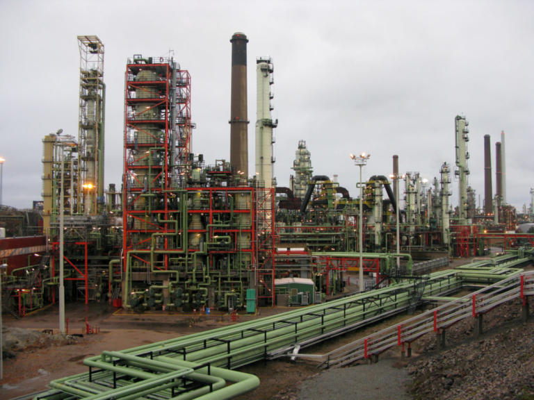 Πετρέλαιο: Κάτω από τα 50 δολάρια για πρώτη φορά μετά από 14 μήνες! | Newsit.gr