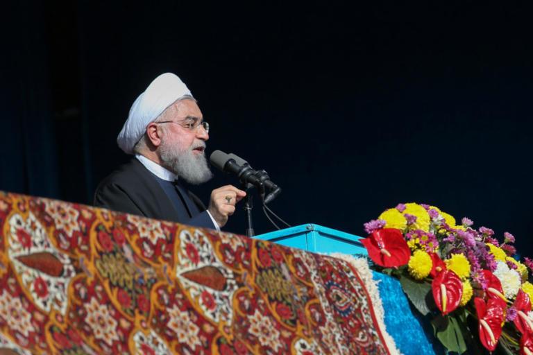 Απειλεί το Ιράν: 'Η όλοι θα εξάγουμε πετρέλαιο από τον Περσικό Κόλπο ή κανένας | Newsit.gr