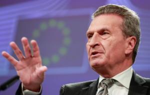 Έτινγκερ: Ναι σε διευκρινίσεις για το Brexit, όχι σε άλλες διαπραγματεύσεις